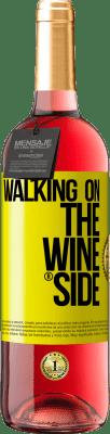 18,95 € 送料無料 | ロゼワイン ROSÉエディション Walking on the Wine Side® 黄色のラベル. カスタムラベル D.O. Cigales 若いワイン スペイン Tempranillo