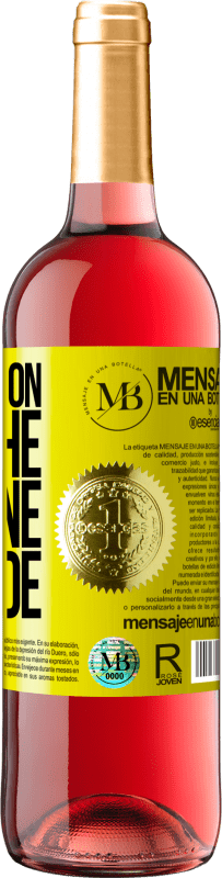 18,95 € Free Shipping | Rosé Wine ROSÉ Edition Walking on the Wine Side® Yellow Label. Customized label D.O. Cigales Young wine Harvest 2019 Spain Tempranillo