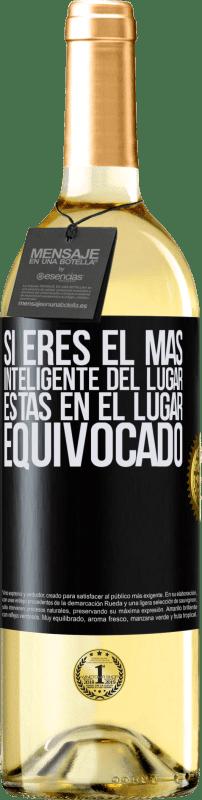 24,95 € Envío gratis   Vino Blanco Edición WHITE Si eres el más inteligente del lugar, estas en el lugar equivocado Etiqueta Negra. Etiqueta personalizable Vino joven Cosecha 2020 Verdejo