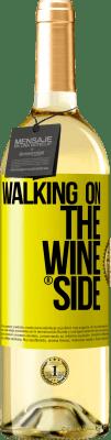 18,95 € Бесплатная доставка | Белое вино Издание WHITE Walking on the Wine Side® Желтая этикетка. Пользовательский ярлык D.O. Rueda Молодое вино Урожай 2019 Испания Verdejo