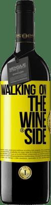 18,95 € 免费送货   红酒 Walking on the Wine Side® 黄色标签. 自定义标签 I.G.P. Vino de la Tierra de Castilla y León 在橡木桶中老化 6 个月 收成 2018 西班牙 Tempranillo