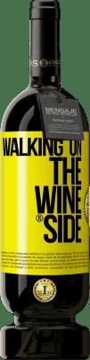 24,95 € 送料無料 | 赤ワイン プレミアム版 RED MBS Walking on the Wine Side® 黄色のラベル. カスタムラベル I.G.P. Vino de la Tierra de Castilla y León オーク樽での熟成 12 月 スペイン Tempranillo