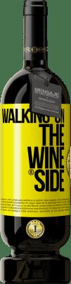 24,95 € Envio grátis | Vinho tinto Edição Premium RED MBS Walking on the Wine Side® Etiqueta Amarela. Etiqueta personalizada I.G.P. Vino de la Tierra de Castilla y León Envelhecimento em barricas de carvalho 12 Meses Espanha Tempranillo