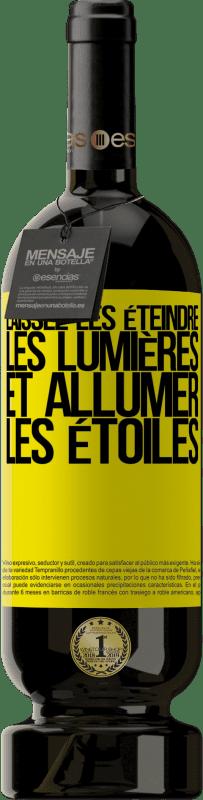 24,95 € Envoi gratuit | Vin rouge Édition Premium RED MBS Laissez-les éteindre les lumières et allumer les étoiles Étiquette Jaune. Étiquette personnalisée I.G.P. Vino de la Tierra de Castilla y León Vieillissement en fûts de chêne 12 Mois Récolte 2016 Espagne Tempranillo