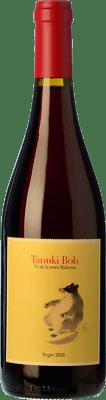 16,95 € Free Shipping | Red wine 4 Kilos Tanuki Bob Crianza I.G.P. Vi de la Terra de Mallorca Balearic Islands Spain Mantonegro Bottle 75 cl