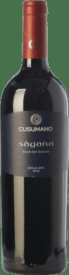 28,95 € Envoi gratuit | Vin rouge Cusumano Sàgana I.G.T. Terre Siciliane Sicile Italie Nero d'Avola Bouteille 75 cl