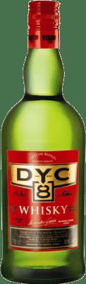 11,95 € Envío gratis | Whisky Blended DYC 8 España Botella 70 cl