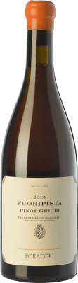 26,95 € Envío gratis | Vino blanco Foradori Fuoripista Pinot Grigio I.G.T. Vigneti delle Dolomiti Trentino Italia Pinot Gris Botella 75 cl