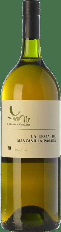 79,95 € Free Shipping | Fortified wine Equipo Navazos La Bota de Manzanilla Pasada 70 D.O. Manzanilla-Sanlúcar de Barrameda Andalusia Spain Palomino Fino Magnum Bottle 1,5 L
