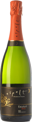 8,95 € Free Shipping | White sparkling Espelt Escuturit Brut Reserva D.O. Cava Catalonia Spain Macabeo, Xarel·lo, Chardonnay Bottle 75 cl. | Thousands of wine lovers trust us to get the best price guarantee, free shipping always and hassle-free shopping and returns.