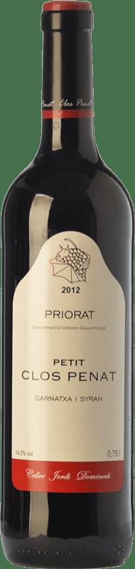 8,95 € Envío gratis | Vino tinto Jordi Domènech Petit Clos Penat Joven D.O.Ca. Priorat Cataluña España Syrah, Garnacha Botella 75 cl