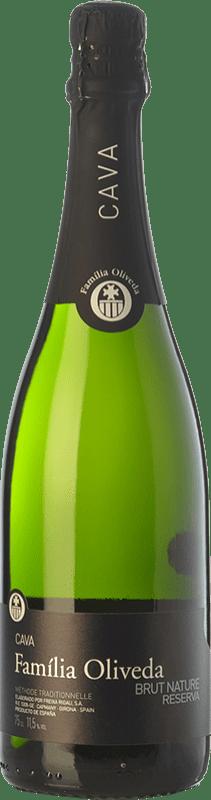 7,95 € Envío gratis | Espumoso blanco Oliveda Brut Nature Reserva D.O. Cava Cataluña España Macabeo, Xarel·lo Botella 75 cl