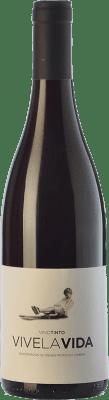 18,95 € Free Shipping | Red wine Vidas Vive La Vida Crianza D.O.P. Vino de Calidad de Cangas Principality of Asturias Spain Mencía, Verdejo Black, Carrasquín, Albarín Black Bottle 75 cl