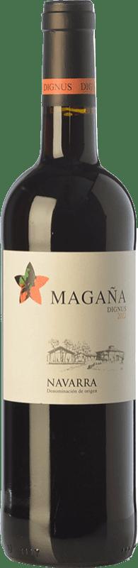 9,95 € Spedizione Gratuita | Vino rosso Viña Magaña Dignus Joven D.O. Navarra Navarra Spagna Tempranillo, Merlot, Cabernet Sauvignon Bottiglia 75 cl