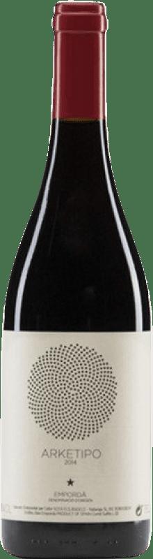 25,95 € Free Shipping | Red wine Sota els Àngels Arketipo Crianza D.O. Empordà Catalonia Spain Merlot, Syrah, Mazuelo, Carignan Bottle 75 cl